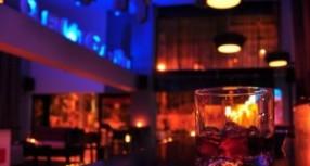 Τελικά, πώς λειτουργούν καφετέριες, μπαρ και ταβέρνες στη Θεσσαλία;