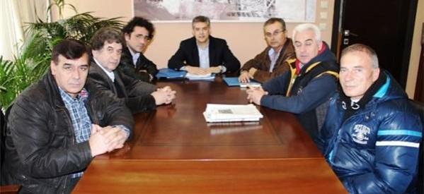 Συνάντηση Αγοραστού με τον Σύνδεσμο Αγελαδοτρόφων Ελλάδας και μέλη του ΘΕΣγάλα
