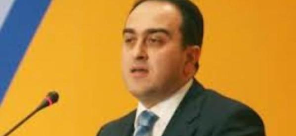 Παζαρτζής στα Τρίκαλα ο υφυπουργός Ανάπτυξης
