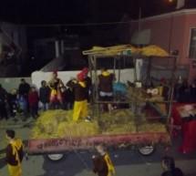 Μηνύσεις για βασανισμό κοτόπουλων σε αποκριάτικο άρμα στο Δαμάσι