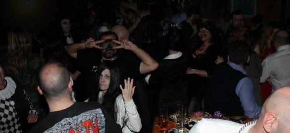 Δεν… τρόμαξαν να διασκεδάσουν στο πάρτι της Κινηματογραφικής Λέσχης Τρικάλων
