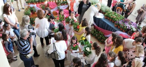 Επιβραβεύτηκε η συμμετοχή και η τήρηση των εθίμων για τις  «ΛΑΖΑΡΙΝΕΣ  2014»