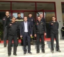 Δίπλα στους Πυροσβέστες ο υπ. ευρωβουλευτής Θανάσης Λιούτας