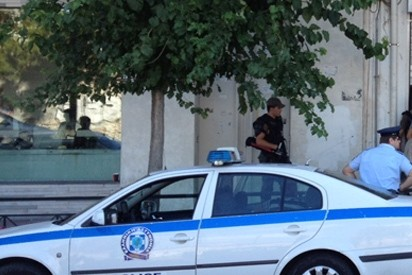 Έφοδος της αστυνομίας σε σπίτι Τυρναβίτη