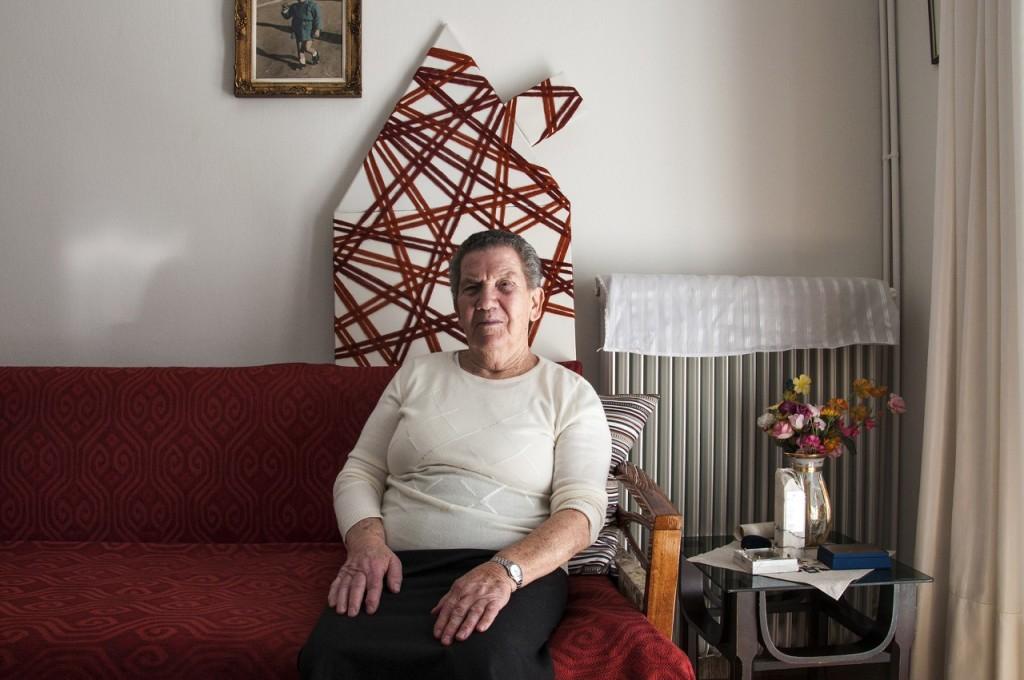 Νάκη Μπέγα: Από τα Τρίκαλα. Εκτοπίστηκε από εκεί. Μετά τον πόλεμο παντρεύτηκε στη Λάρισα όπου ζει μέχρι σήμερα.