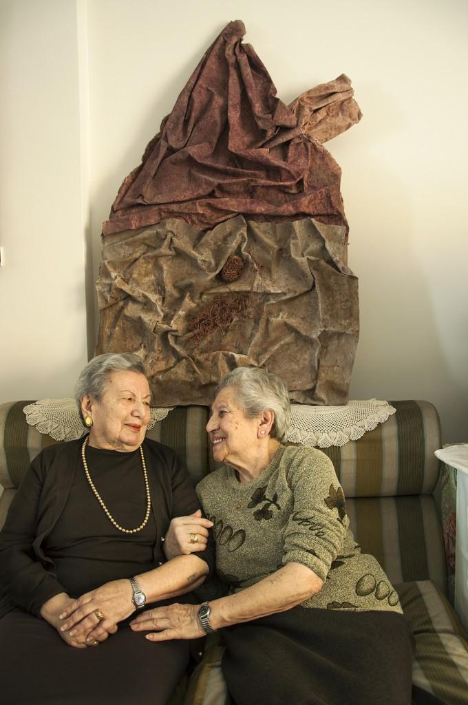 Χρυσούλα Ελιασάφ και Φορτυνέ Γκανή: Οι δυο αδελφές από τα Γιάννενα που σώθηκαν και ζουν στην Αθήνα.