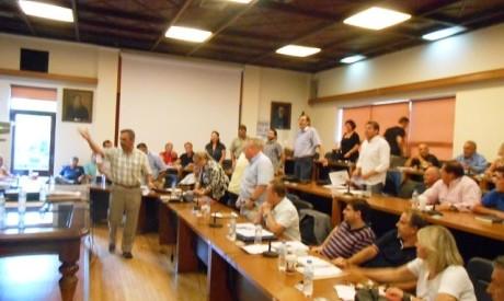 Αρνήθηκε ο Αχ. Μπέος ψήφισμα κατά της Χρυσής Αυγής