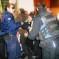 Επίθεση αστυνομικών στην παρέμβαση κατά πλειστηριασμών στα Τρίκαλα