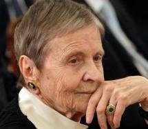 Ελένη Αρβελέρ: «Το μόνο αντίδοτο στην κρίση είναι η παιδεία και ξεκινάει από το σπίτι»