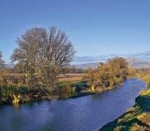 Πηνειός: Ο ποταμός που δημιουργήθηκε από τα δάκρυα μιας χαμένης αγάπης