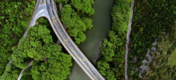 «Κλείνει» με διόδια η κοιλάδα – 10% πάνω η κίνηση στις σήραγγες Τεμπών