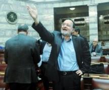 Λαφαζάνης: Ο Τσίπρας προτίμησε να σώσει την ευρωζώνη, καταδικάζοντας την Ελλάδα και τον λαό μας σε αιώνια χρεοδουλοπαροικία
