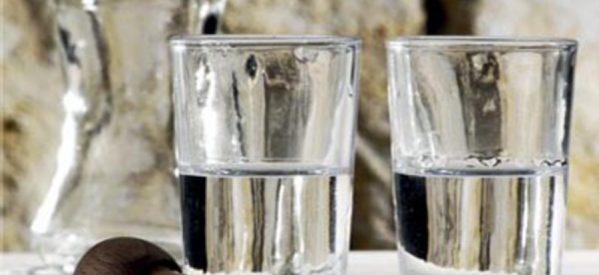 «Στον αέρα» η παραγωγή χύμα τσίπουρου – Κινητοποιήσεις ετοιμάζουν οι αγρότες στον Τύρναβο
