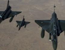 Επίδειξη δύναμης των ΗΠΑ – Μαχητικά πέταξαν πάνω από την κορεάτικη χερσόνησο