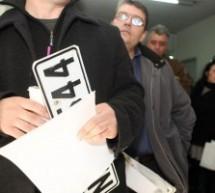 2.250  Τρικαλινοί παρέδωσαν τις πινακίδες