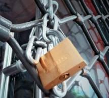 Έπεσε η αυλαία για την «Ηλεκτρονική» – Κλειστά από αύριο όλα τα καταστήματα