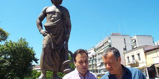 """Τρίκαλα: Έλευση Σταύρου Θεοδωράκη και ομιλία σε εκδήλωση για την """"έξυπνη πόλη"""""""