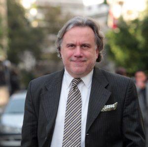 Ο αναπληρωτής υπουργός Διοικητικής Μεταρρύθμισης Γιώργος Κατρούγκαλος φτάνει στο Προεδρικό Μέγαρο για να παραστεί στην ορκωμοσία της νέας κυβέρνησης , Τρίτη 27 Ιανουαρίου 2015. ΑΠΕ-ΜΠΕ / ΑΠΕ-ΜΠΕ / ΠΑΝΤΕΛΗΣ ΣΑΙΤΑΣ