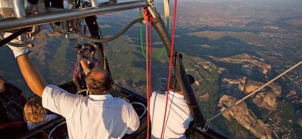Mε αερόστατο πάνω από τα Μετέωρα – Η πτήση είναι από μόνη της μια μαγευτική εμπειρία