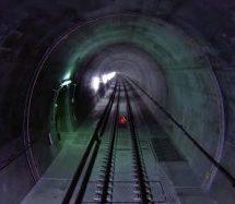 Ελβετία: Ανοίγει το μεγαλύτερο σιδηροδρομικό τούνελ στον κόσμο. Δείτε το βίντεο.