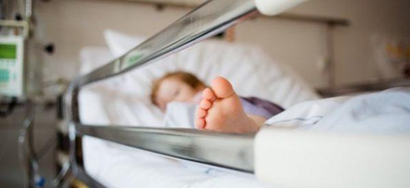 Δύο παιδιά με covid 19, ένα βρέφος 40 ημερών από τη Λάρισα και ένας 11χρονος από την Ελασσόνα εισήχθησαν στο ΓΝΛ