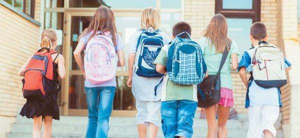 Εξετάζεται η αλλαγή ωραρίου στα σχολεία – Έναρξη στις 9 το πρωί