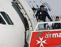 Απελευθερώνουν ομήρους οι αεροπειρατές στην Μάλτα – Ζητούν απελευθέρωση του γιου του Καντάφι