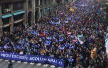 Ισπανία: 300.000 διαδηλωτές στους δρόμους της Βαρκελώνης -Υπέρ της υποδοχής προσφύγων στη χώρα