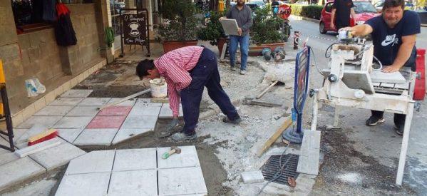 'Εργα για πεζοδρόμια στα Τρίκαλα