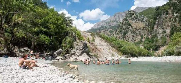 Εμπειρία! Κολύμπι στον Αχελώο στα 700μ. υψόμετρο