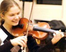 Η Ολλανδή βιολίστρια που παίζει Τσιτσάνη…- Ένα μεγάλο ταλέντο που λατρεύει την Ελληνική μουσική