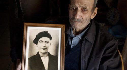 Δώδεκα του Αυγούστου του 1944 σκοτώσανε τον Σταύρο…
