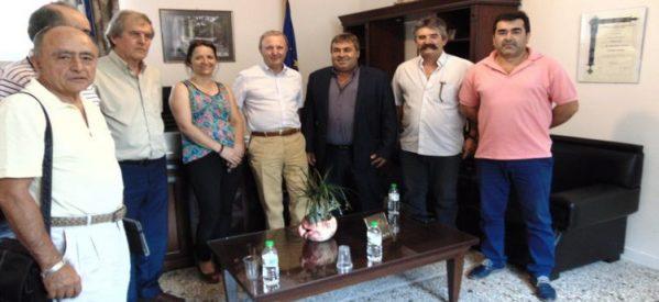 Επίσκεψη Παπαδόπουλου στο Δημαρχείο Πύλης