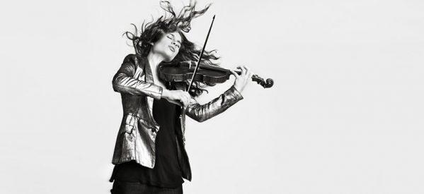Η Ολλανδή βιολονίστρια που έχει πάθος με τη μουσική του Τσιτσάνη