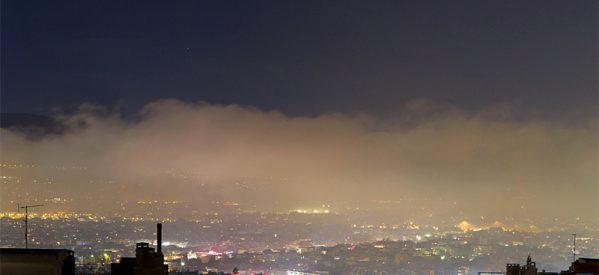 Αποπνικτική η ατμόσφαιρά – H αιθαλομίχλη έκανε εμφάνιση σε Λάρισα και Βόλο