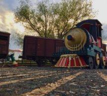 Τρίκαλα : Μαγεύει το λαμπερό Χριστουγεννιάτικο χωριό – Ο «Μύλος των Ξωτικών» κλέβει … και φέτος τις εντυπώσεις