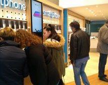 Black Friday: Ουρές από τo πρωί στην WIND