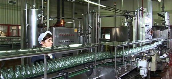 """Στρατηγική συνεργασία της Green Cola με την """"Κλιάφα"""" στα Τρίκαλα"""