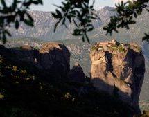 Ποιός και γιατί μηνύει ξένους επισκέπτες; Τι τουρισμό θέλουμε τελικά στο Δήμο Καλαμπάκας;
