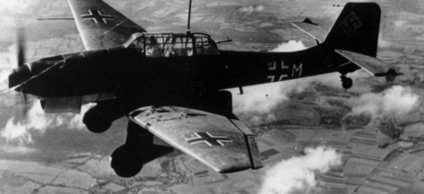Σαν σήμερα – 56 Τρικαλινοί πολίτες σκοτώθηκαν από τον βομβαρδισμό των γερμανικών «Στούκας