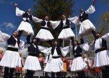 Πασχαλιάτικο και φιλανθρωπικό άρωμα έφερε στα Τρίκαλα το Κέντρο Χορού «Τρίκκη»