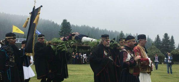 Με τραγούδι και χορό αντάμωσαν οι Σαρακατσαναίοι στα Περτουλιώτικα λιβάδια