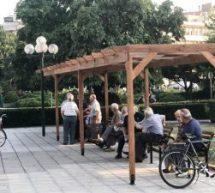 Κιόσκι για τους θαμώνες στην κεντρική πλατεία