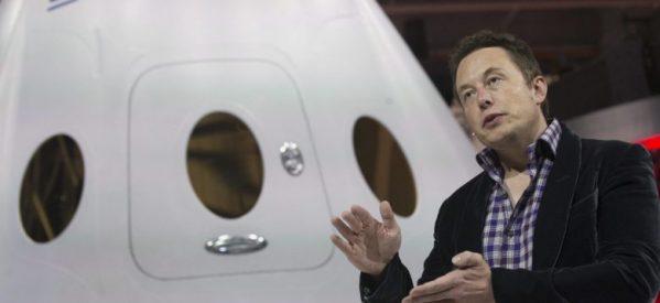 Space X: Βρέθηκε ο πρώτος πελάτης για ταξίδι στη Σελήνη