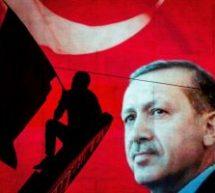 Επικήρυξε τους οκτώ Τούρκους στρατιωτικούς η Άγκυρα