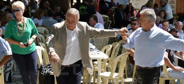 «Ιστορικές» …..φωτογραφίες Τρικαλινών πολιτικών από γλέντια και χορούς [εικόνες]