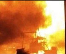 Πυρκαγιά σε εργοστάσιο επίπλων στη Λάρισα