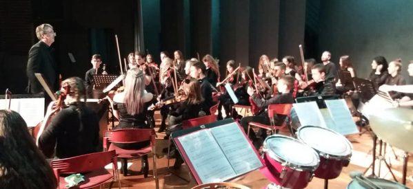 Υπέροχη συναυλία από την Συμφωνική Ορχήστρα Νέων Τρικάλων