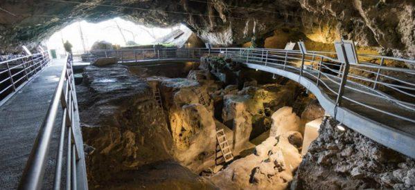 Το πιο αρχαίο τεχνικό έργο στην Ελλάδα είναι 23.000 ετών, στην Θεόπετρα – Το σπήλαιο δυστυχώς παραμένει ακόμα κλειστό