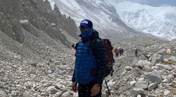 Εβερεστ: Ο Τρικαλινός  γιατρός και αθλητής Γιώργος Τσιάνος στην κορυφή του κόσμου
